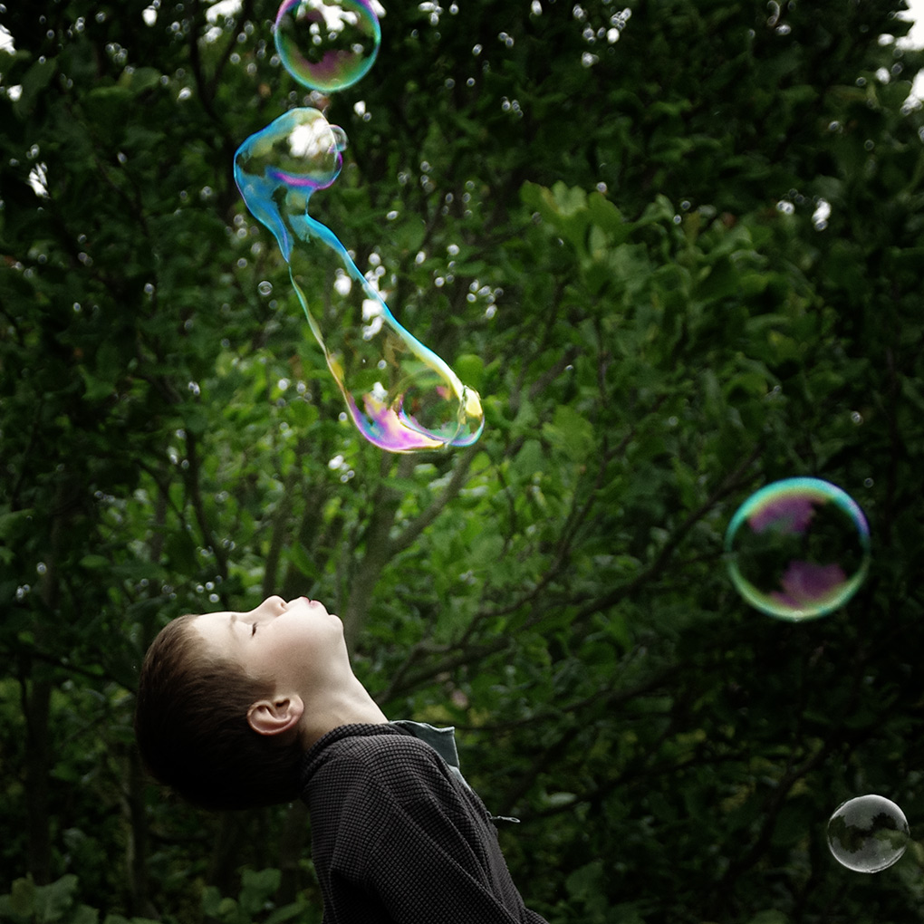 Bubble Hunters 1 / Lovci bublin 1